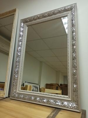 Зеркало в багете малое (распродажа)